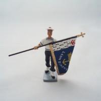 CBG Mignot Bagad Lann Bihoue flag bearer figurine