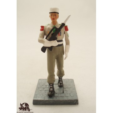 Figure CBG Mignot Legionary corporal with Famas