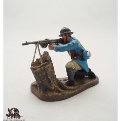 Figure Atlas shooter to the Chauchat 1918 submachine gun