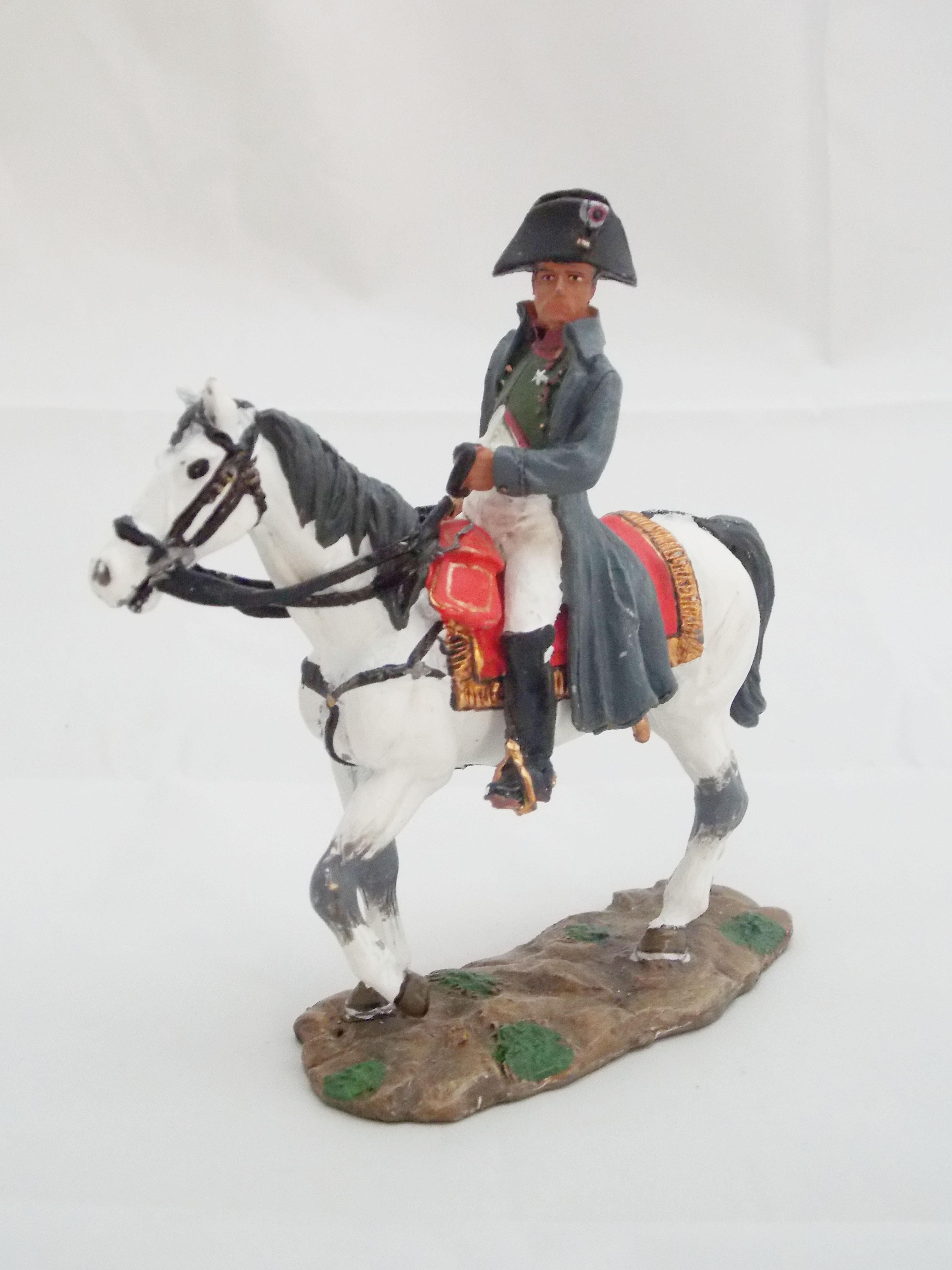 Figurine Napoléonienne Napoléon figurines de collections Napoléon à cheval La b