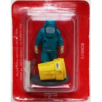 Figurine Del Prado Pompier intervention chimique Belgique 2001