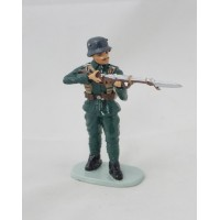 Hachette french soldier to fire figurine
